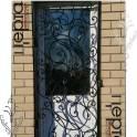 Кованая металлическая решетка на дверь