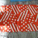 Хлопок бязь белый с красным два куска по шир. х дл. 0,8х2,0 м. каждый кусок ц. 120 р/1 п.м. ц. 300 р.