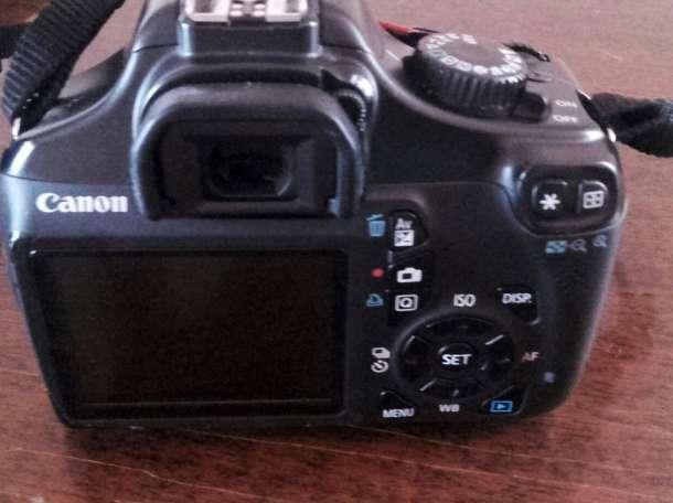 Продам фотоаппарат Canon EOS 1100D в хорошем состоянии, фотография 1