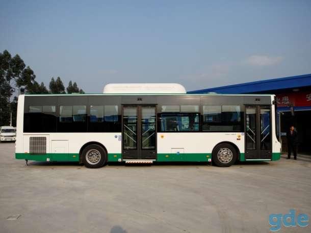 городской Автобус Голден Драгон XML6105, фотография 3