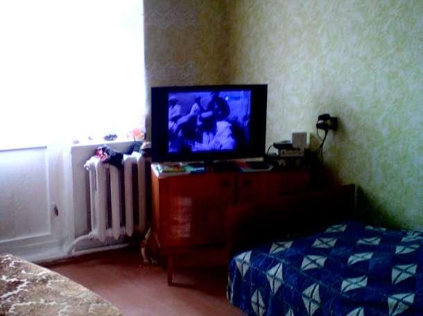 Солнечную, светлую СРОЧНО  продам благоустроенную квартиру 33кв.м по ул.Комсомольской, фотография 1