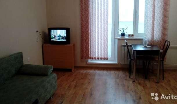 Сдам студию на длительный срок, ул.Алексадра Шмакова дом 10, фотография 2