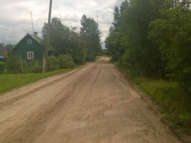 Дом в посёлке возле озера и церкви, Качаново, Палкинский р-н, Псковская область, фотография 4