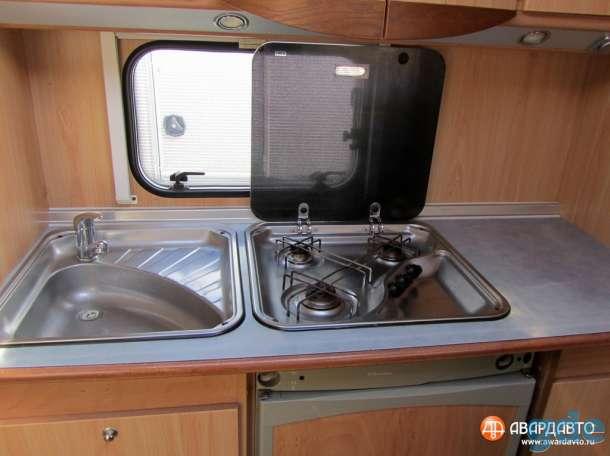 Дом на колесах, прицеп дача для легкового автомобля  BUERSTNER AMARA 690 TS, фотография 7