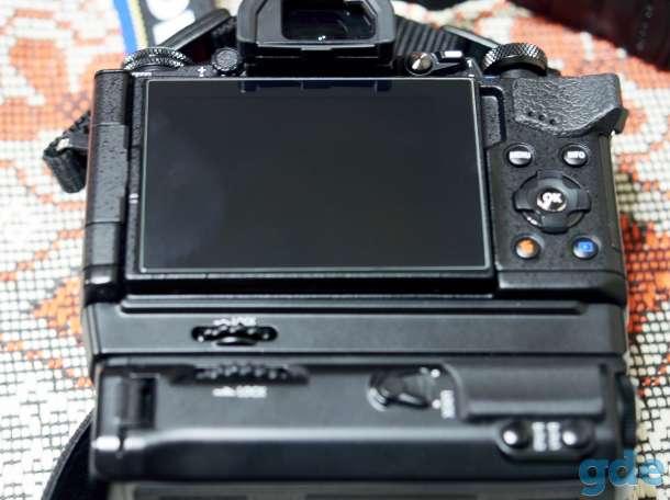 Фотокамера Олимпус OM-D EM5MARK2+СИГМА19мм2.8+батарейный блок, фотография 3