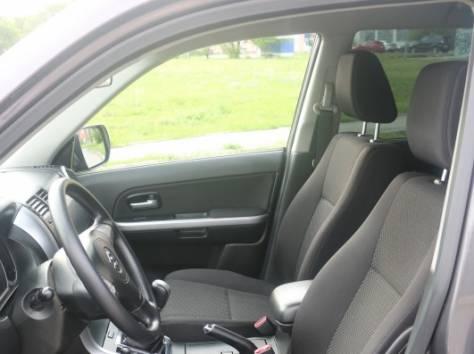 Suzuki Grand Vitara 2.4 MT (169 л.с.) 4WD 2009, фотография 8
