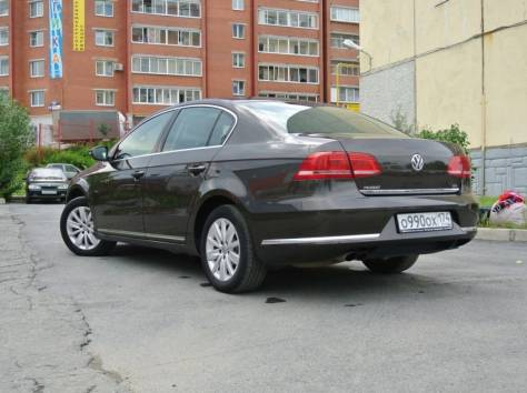 Volkswagen Passat 1.8 AT (152 л.с.) 2012, фотография 8