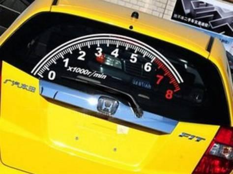 Эквалайзер на заднее стекло автомобиля, фотография 2