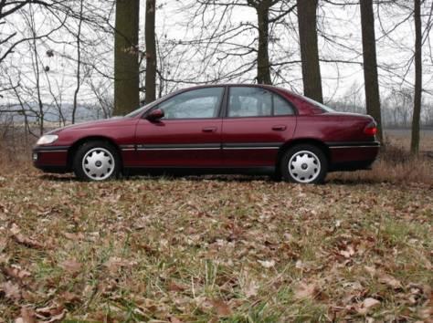 Opel Omega B 92-95 год, фотография 1