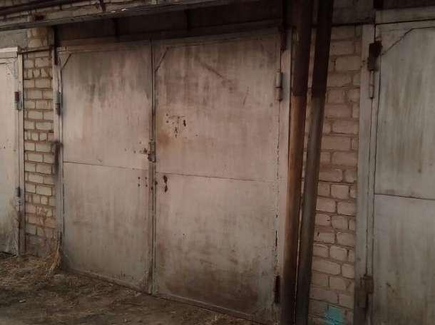 Продам капитальный гараж, 4-й микрорайон, кооператив