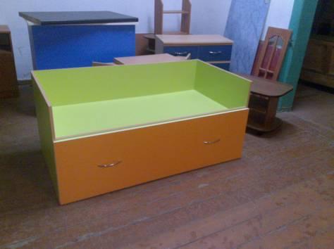 Детские кровати и комод, фотография 1