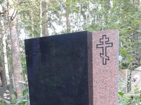 Надгробные памятники, фотография 6