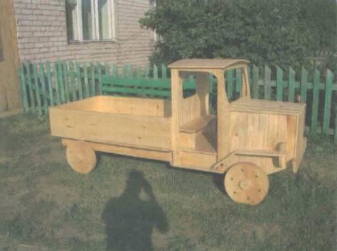 Деревянная машинка на площадку своими руками фото