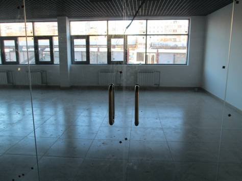 Сдаются два нежилых помещения на 1 и 2 этаже по 70 кв.м., пр. Гагарина, фотография 4