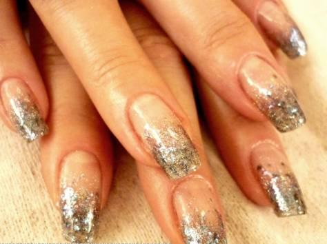 Дизайны гелевых ногтей с блестками
