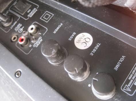 Акустическая система с сабвуфером E - 510.  Три предмета.  Одна большая колонка с сабвуфером размером 21 х 21 х 23 см (б, фотография 4
