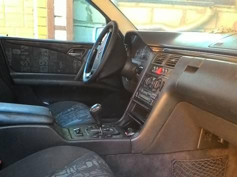 Продам Mercedes-Benz E-класс , фотография 7