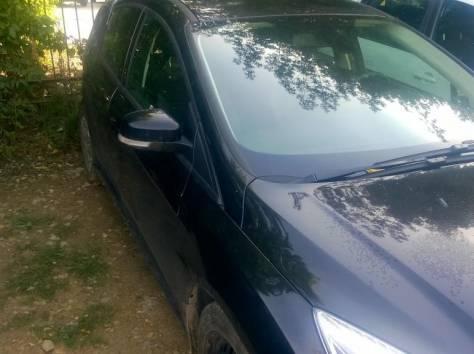 Форд фокус хэтчбэк черный, 2012 год. Битый., фотография 4