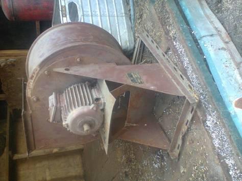 Вентилятор с вытяжкой(улитка), фотография 1