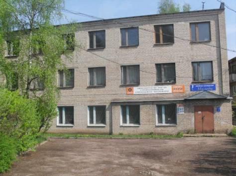 3-этажное здание 1160 кв.м., г.Старая Русса, фотография 1