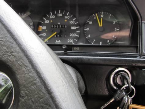 Продаю Мерседес -200E, светло-зеленый металлик, в хорошем состоянии, Новое сцепление, новые суппорта. Не требует ремонта, фотография 4