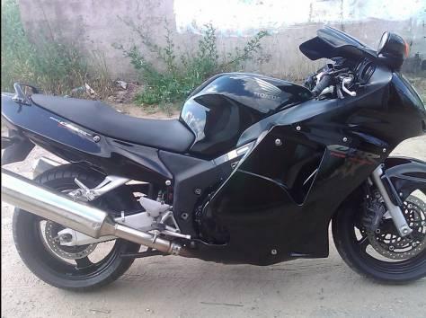 Honda cbr 1100xx, фотография 2