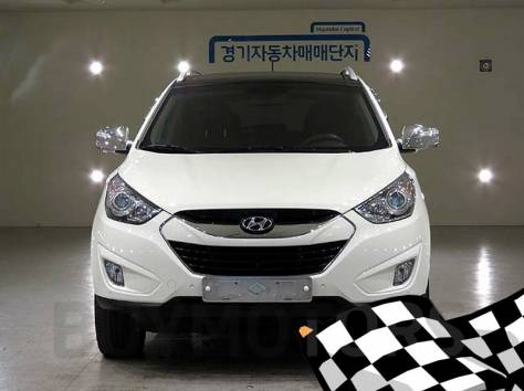Hyundai Tucson 2011 год, фотография 3