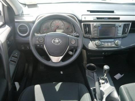 Toyota RAV4 2013 год (белый), фотография 5