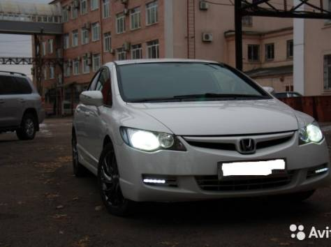 Продам Honda Civic4d седан,белый,1.8МХ, фотография 4