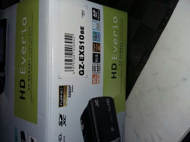 Камера JVS HD Everio, фотография 3