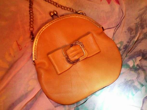 Авторская кожаная сумочка с бантом цвета Охра , фотография 1