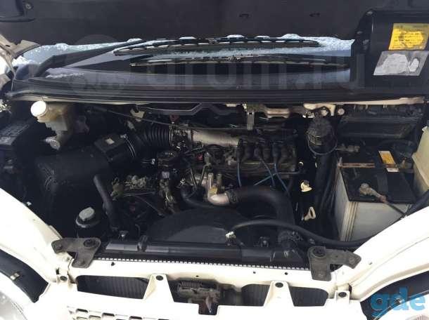 Mitsubishi Delica, 2000г ., фотография 7