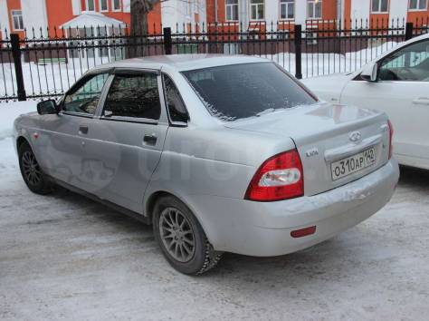 продам легковой автомобиль лада приора седан, фотография 2