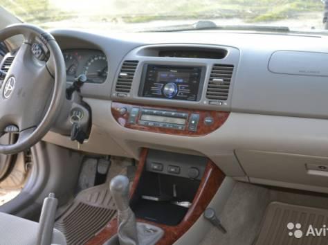Продается Toyota Camry, 2002, фотография 2