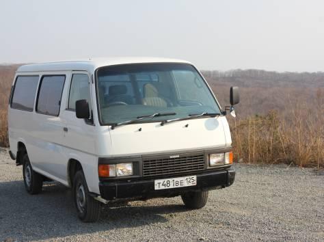 Продам Nissan Caravan, фотография 1