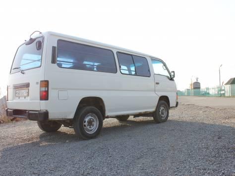 Продам Nissan Caravan, фотография 2