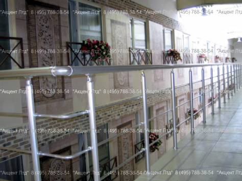 Перила стеклянные, прозрачные и алюминиевые, фотография 5