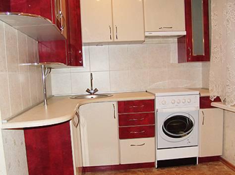 Дизайн кухни в брежневке с газовой колонкой