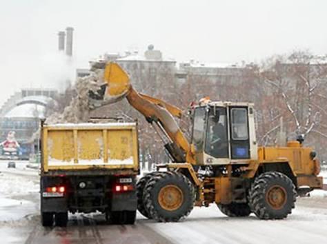 Уборка, чистка территорий от снега, фотография 1