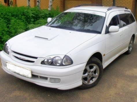 Продаю автомобиль Toyota Caldina, 1998 год, фотография 2