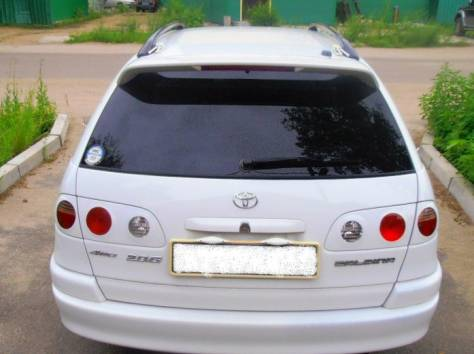 Продаю автомобиль Toyota Caldina, 1998 год, фотография 3