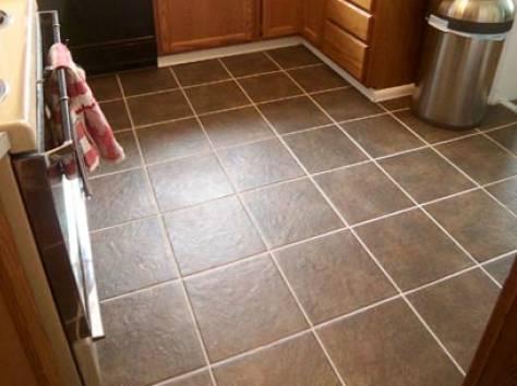 Плитка на полу на кухне дизайн фото