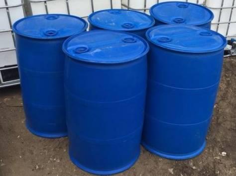 Продам бочки пластиковые 227л. два отверстия, б/у промытые, пропаренные, пробки в комплекте. Оптом, от 100 шт., фотография 1