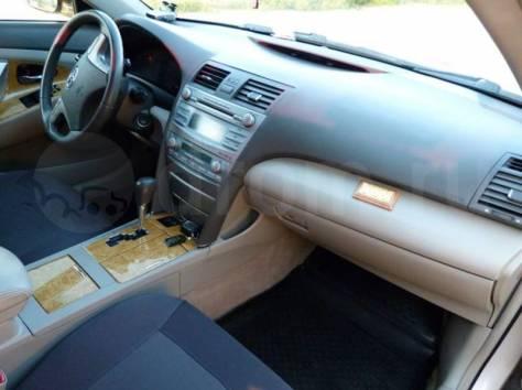 Продается Toyota Camry, 2006 год, фотография 1