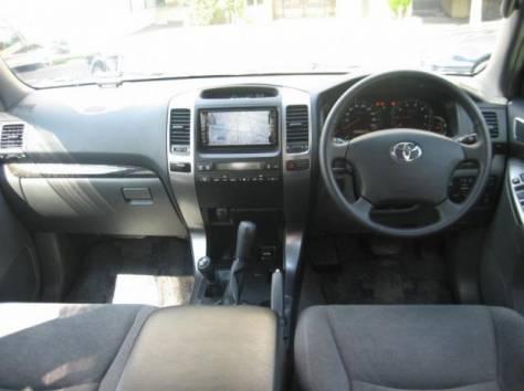 Toyota Land Cruiser Prado, 2009 год, фотография 2
