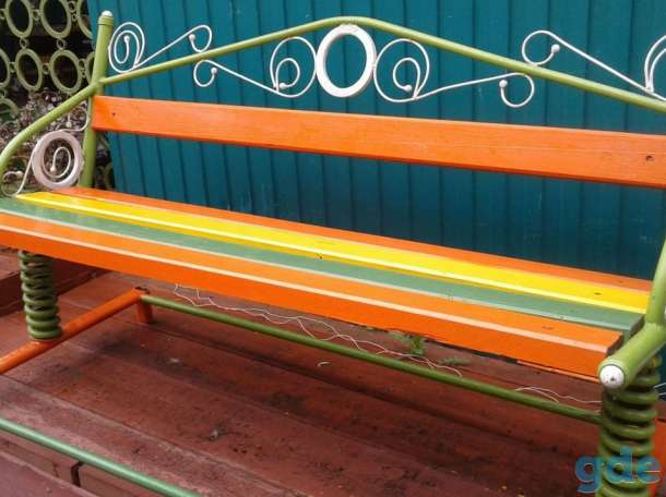 Скамейка-качеля для отдыха, фотография 1