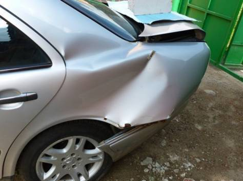 Mercedes-Benz E-класс, фотография 3