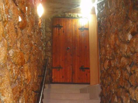 Продам помещения в центре Керчи,200 м.кв., фотография 5