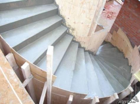строительство монолитных лестниц, фотография 1