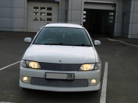 Продам автомобиль Ниссан Вингроуд 2001г, фотография 1